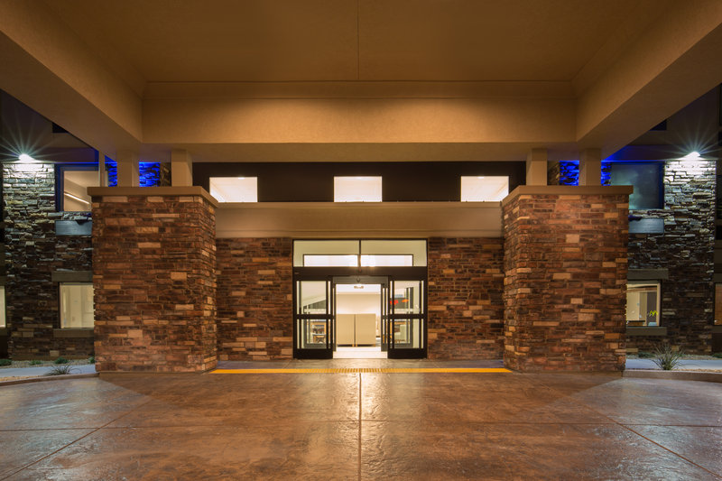 Holiday Inn Express & Suites Pahrump-Make the Holiday Inn Express in Pahrump your next destination<br/>Image from Leonardo