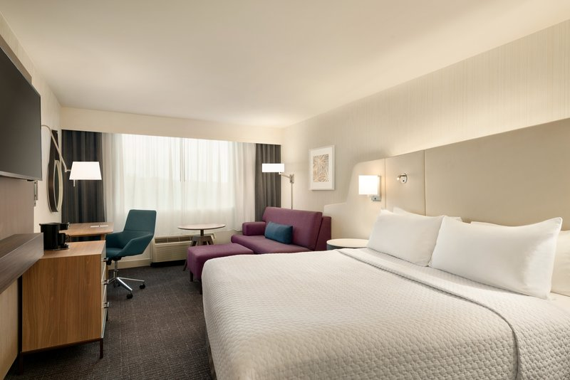 Crowne Plaza Philadelphia - King of Prussia-King Bed Guest Room with Sofa<br/>Image from Leonardo
