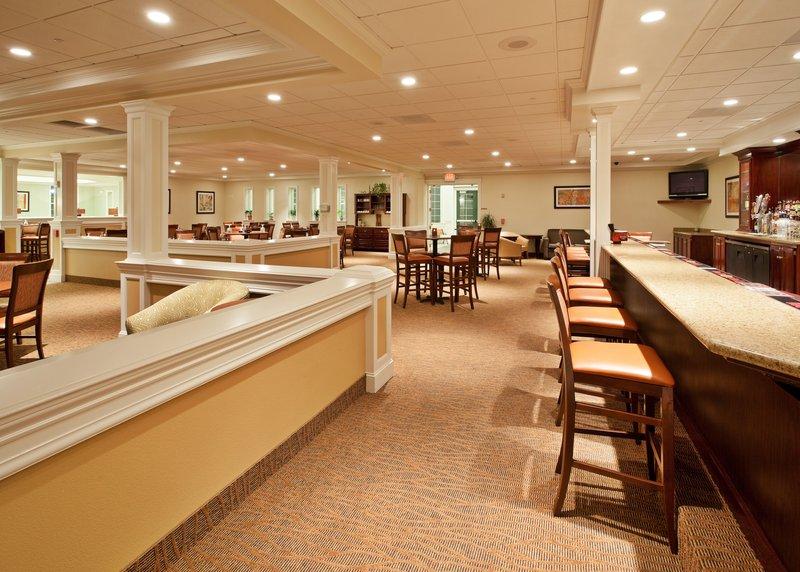 Holiday Inn Redding-Bar and Lounge<br/>Image from Leonardo
