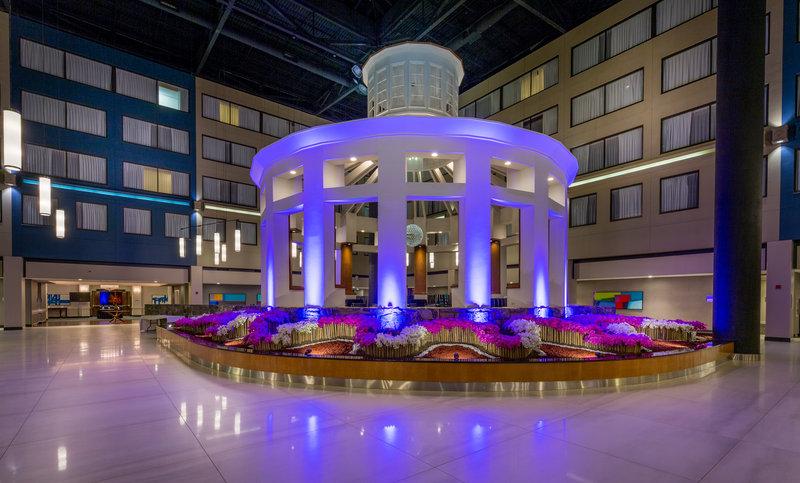 Crowne Plaza Stamford-Crowne Plaza Stamford Gazebo<br/>Image from Leonardo