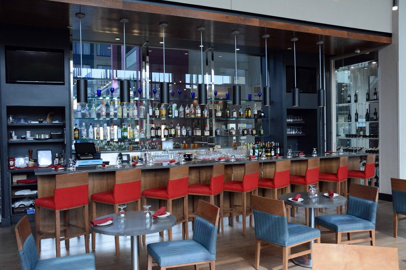Crowne Plaza Stamford-The lounge of Restaurant 2701<br/>Image from Leonardo