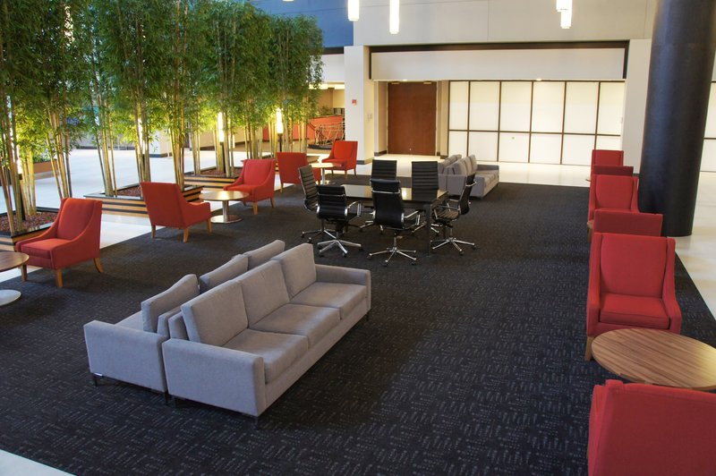 Crowne Plaza Stamford-Atrium Lobby Lounge<br/>Image from Leonardo