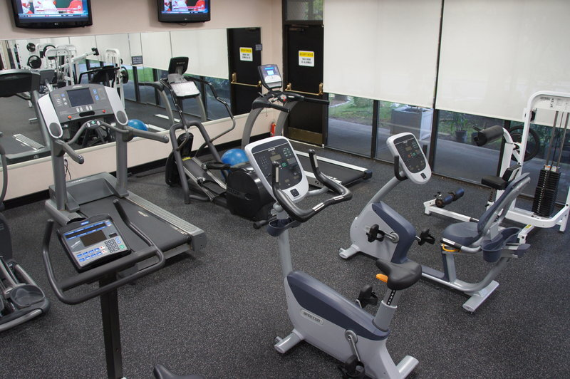 Crowne Plaza Stamford-Crowne Plaza Stamford - Fitness Center<br/>Image from Leonardo