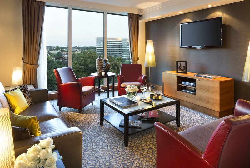 Crowne Plaza Brussels Airport-Sky Lounge<br/>Image from Leonardo
