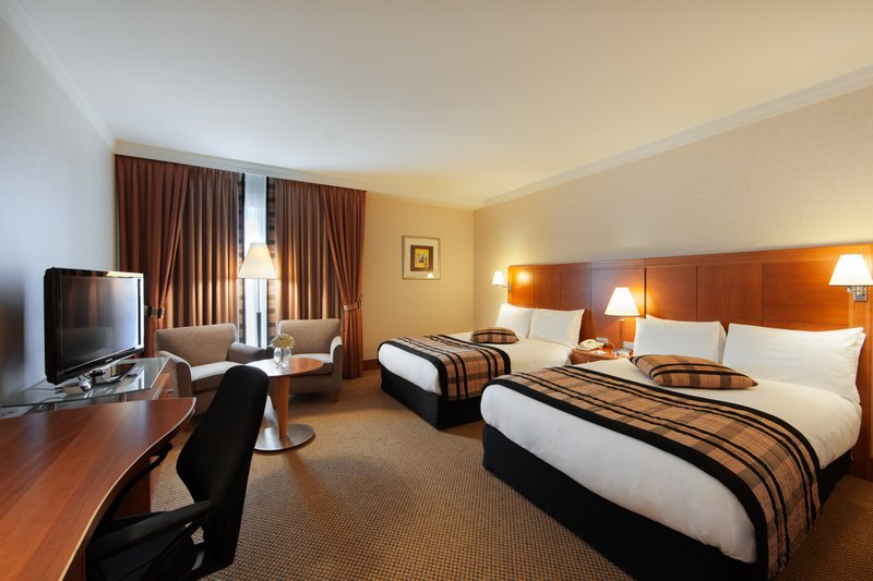 Crowne Plaza Brussels Airport-Twin room perfect to share with your family<br/>Image from Leonardo
