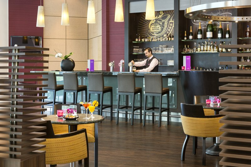 Crowne Plaza Brussels Airport-Lobby Lounge<br/>Image from Leonardo
