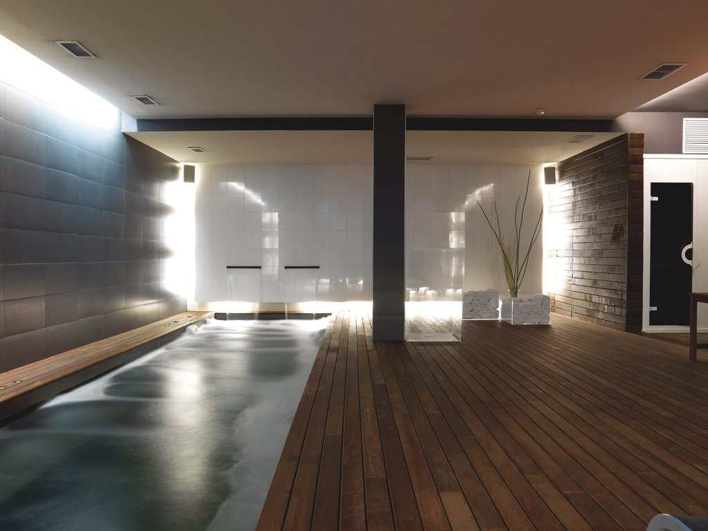 Hospes Palau De La Mar - Indoor Spa Pool <br/>Image from Leonardo