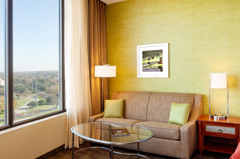 Crowne Plaza Austin - Town Lake-Guest Room<br/>Image from Leonardo