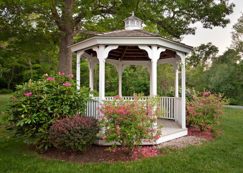 Holiday Inn Cape Cod - Falmouth-Celebrate your love with a beautiful gazebo garden ceremony<br/>Image from Leonardo