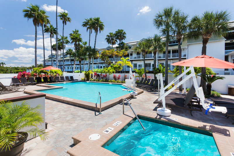 Holiday Inn & Suites Clearwater Beach S Harbour-Swimming Pool<br/>Image from Leonardo