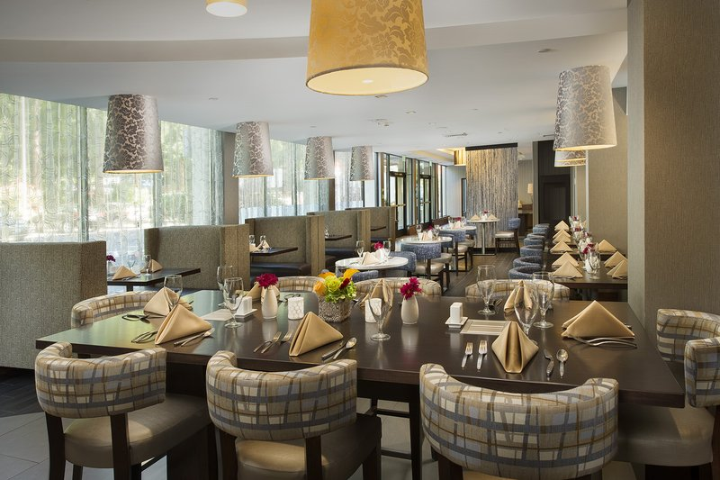 Crowne Plaza Seattle Airport-Reflections Grille<br/>Image from Leonardo
