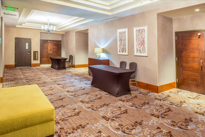 Crowne Plaza Seattle Airport-Gateway Pre-function<br/>Image from Leonardo