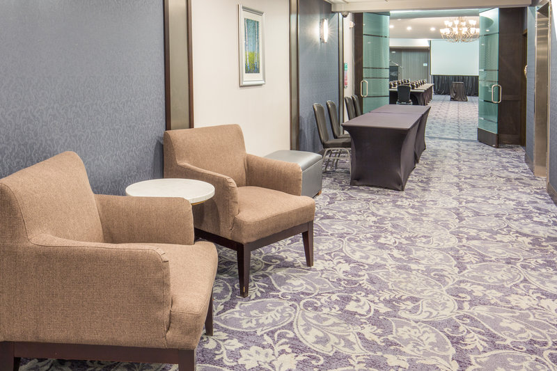 Crowne Plaza Seattle Airport-Summit Queen Anne Pre-function Area<br/>Image from Leonardo
