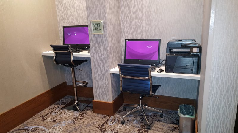 Crowne Plaza Seattle Airport-Our 24 hour business center.<br/>Image from Leonardo