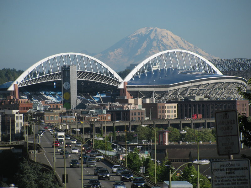 Crowne Plaza Seattle Airport-Check out Mount Rainer and more<br/>Image from Leonardo