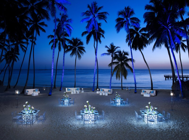 Hilton La Romana, an All Inclusive Adult Rst - Gala Beach Dinner <br/>Image from Leonardo