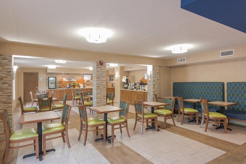 Holiday Inn Express Roanoke-Civic Center-Breakfast Bar<br/>Image from Leonardo
