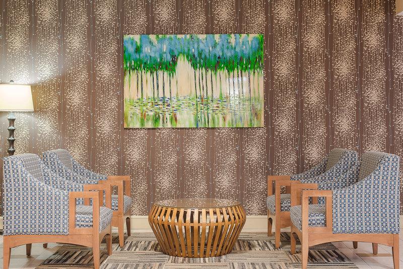 Holiday Inn Express Roanoke-Civic Center-Hotel Lobby<br/>Image from Leonardo