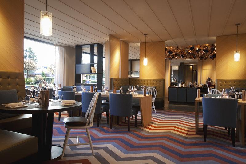 Crowne Plaza Geneva-Restaurant Seventy5<br/>Image from Leonardo