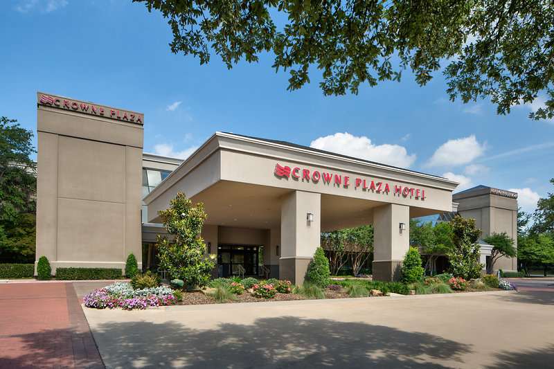 Crowne Plaza Dallas Galleria-Crowne Plaza Dallas Near Galleria-Addison Main Entrance<br/>Image from Leonardo