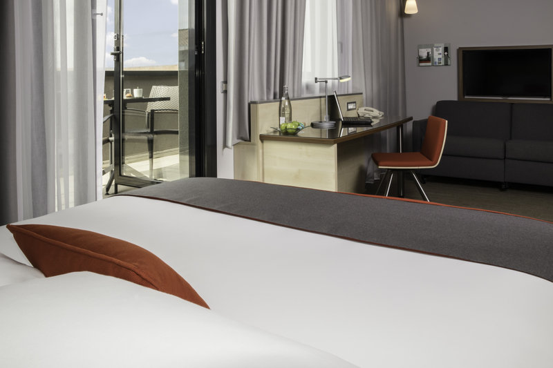 Holiday Inn Express Toulouse Airport-Business Room / Family Room <br/>Image from Leonardo