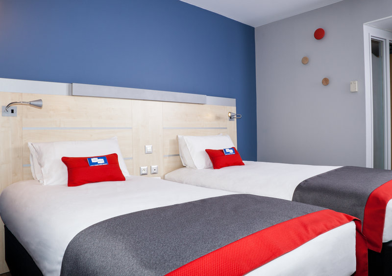 Holiday Inn Express Toulouse Airport-TWIN Room<br/>Image from Leonardo