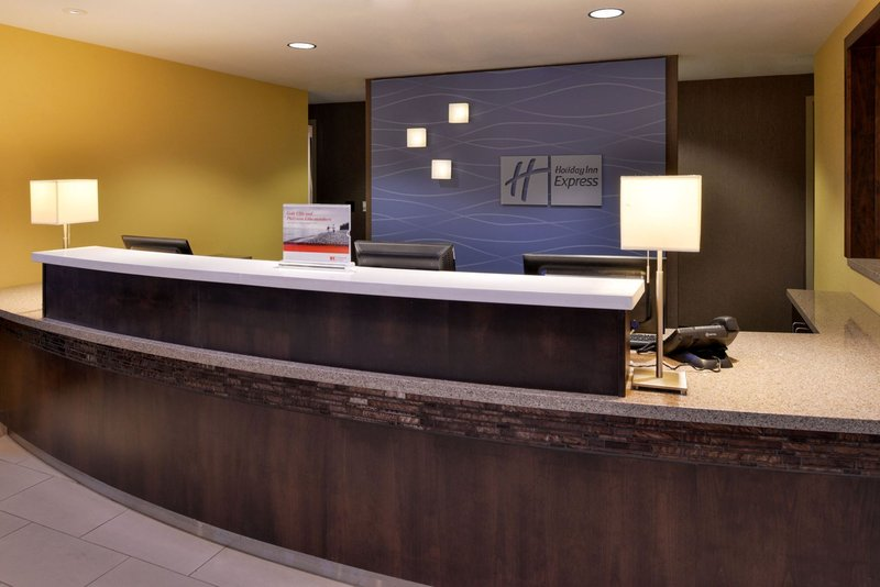 Holiday Inn Express Page - Lake Powell Area-Front Desk<br/>Image from Leonardo