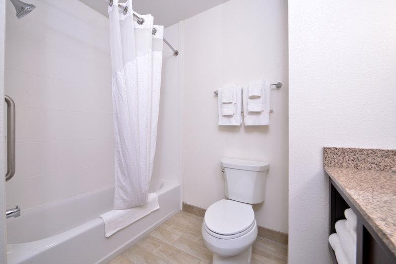 Holiday Inn Express Page - Lake Powell Area-Bathroom<br/>Image from Leonardo