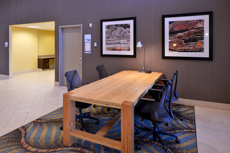 Holiday Inn Express Page - Lake Powell Area-Hotel Lobby<br/>Image from Leonardo