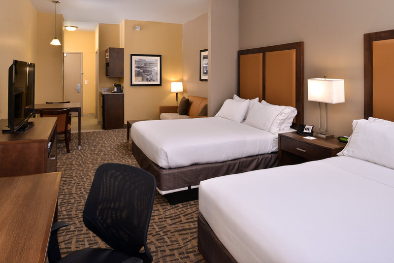 Holiday Inn Express Page - Lake Powell Area-Two Queen Bed Studio Suite<br/>Image from Leonardo