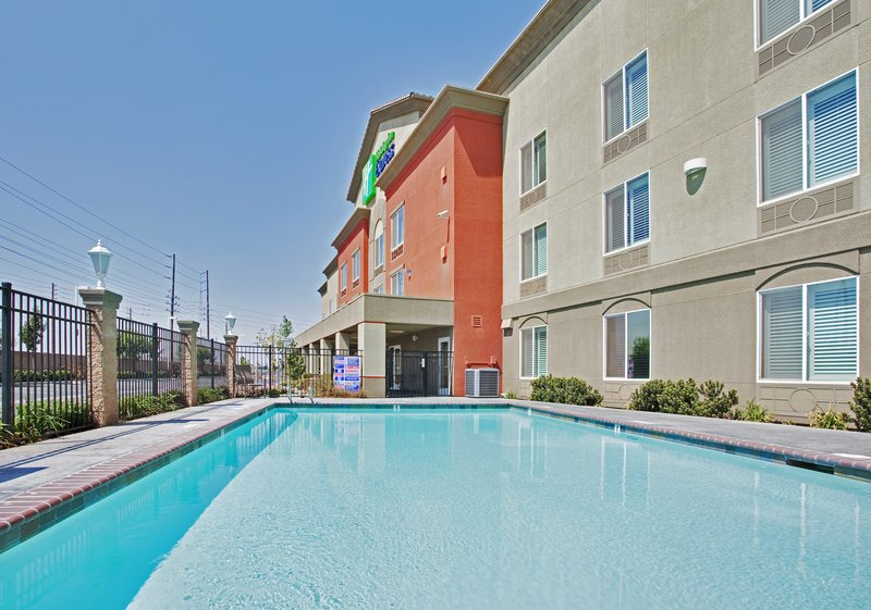 Holiday Inn Express & Suites Modesto-Salida-Enjoy a Dip in our Outdoor Heated Swimming Pool<br/>Image from Leonardo