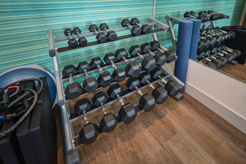 Holiday Inn Express & Suites Modesto-Salida-Fitness Center Free Weights<br/>Image from Leonardo