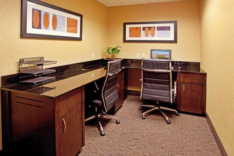 Holiday Inn Express & Suites Columbia - Downtown-Business Center<br/>Image from Leonardo
