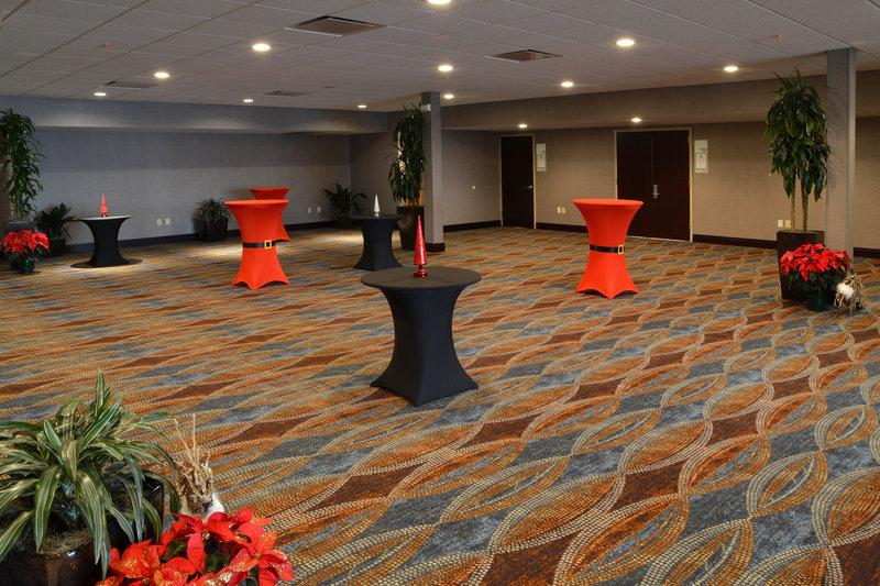 Holiday Inn Canton (Belden Village)-Reception Area<br/>Image from Leonardo