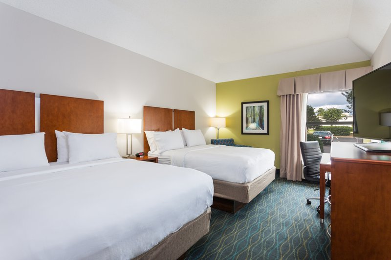 Holiday Inn Express Wilmington-Our two queen beds work perfect for families and sports teams!<br/>Image from Leonardo
