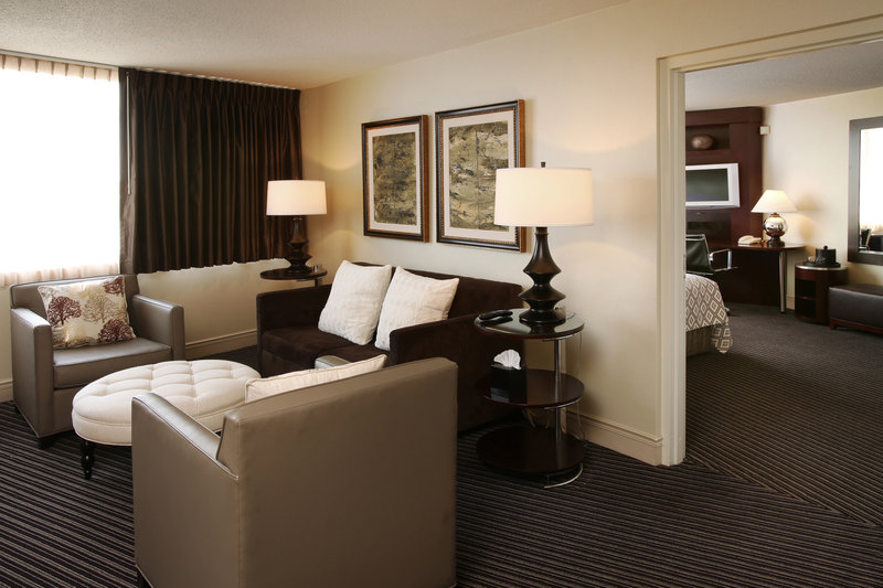 Crowne Plaza Syracuse-Our parlor room.<br/>Image from Leonardo