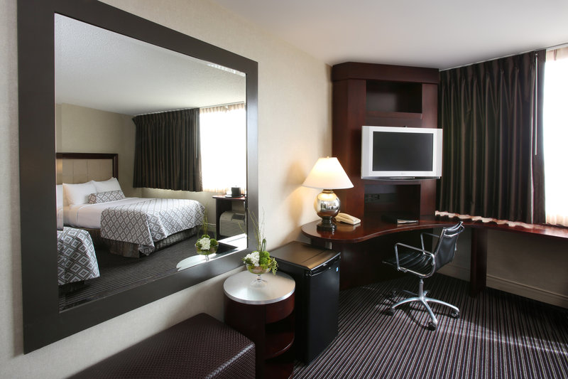 Crowne Plaza Syracuse-Our guest rooms<br/>Image from Leonardo