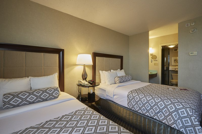 Crowne Plaza Syracuse-Two Double Beds<br/>Image from Leonardo