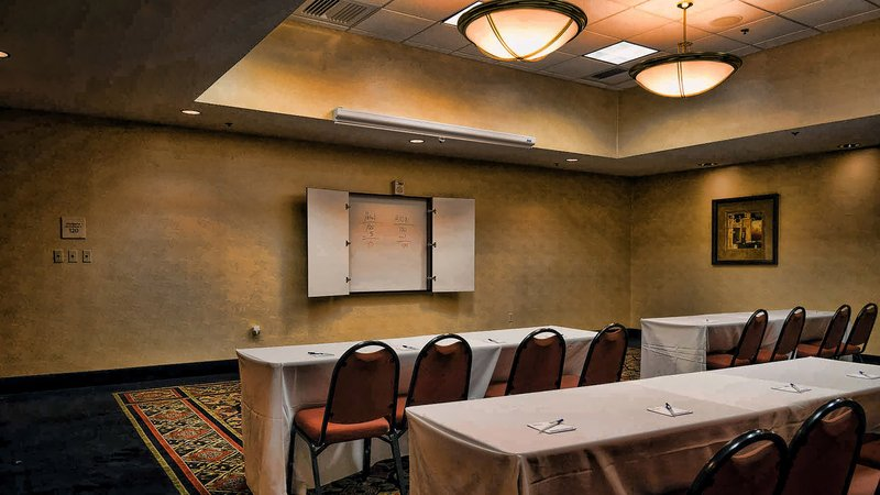 Holiday Inn Express La Plata-Meeting Space<br/>Image from Leonardo