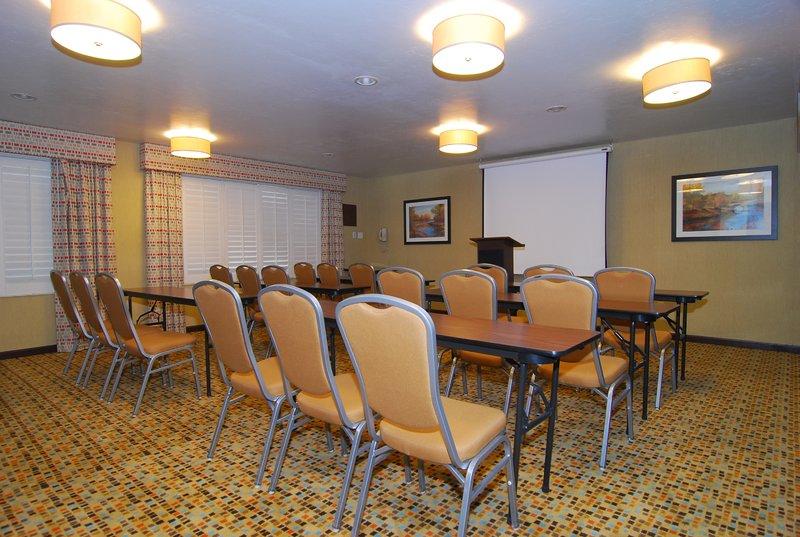 Holiday Inn Express & Suites Marana-Meeting Room<br/>Image from Leonardo