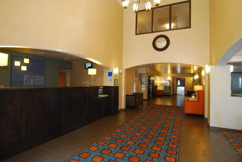 Holiday Inn Express & Suites Marana-Hotel Lobby<br/>Image from Leonardo