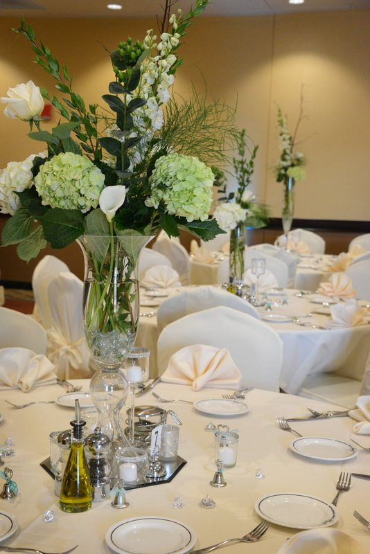 Holiday Inn Eau Claire South I-94-We Have Experienced On-Site Sales & Catering Representatives<br/>Image from Leonardo