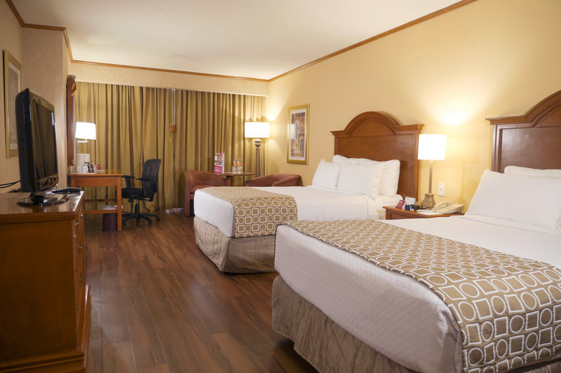 Crowne Plaza Monterrey-Double Bed Guest Room<br/>Image from Leonardo