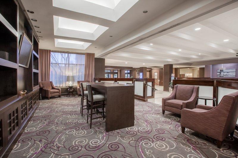 Crowne Plaza Danbury-Hotel Lobby <br/>Image from Leonardo