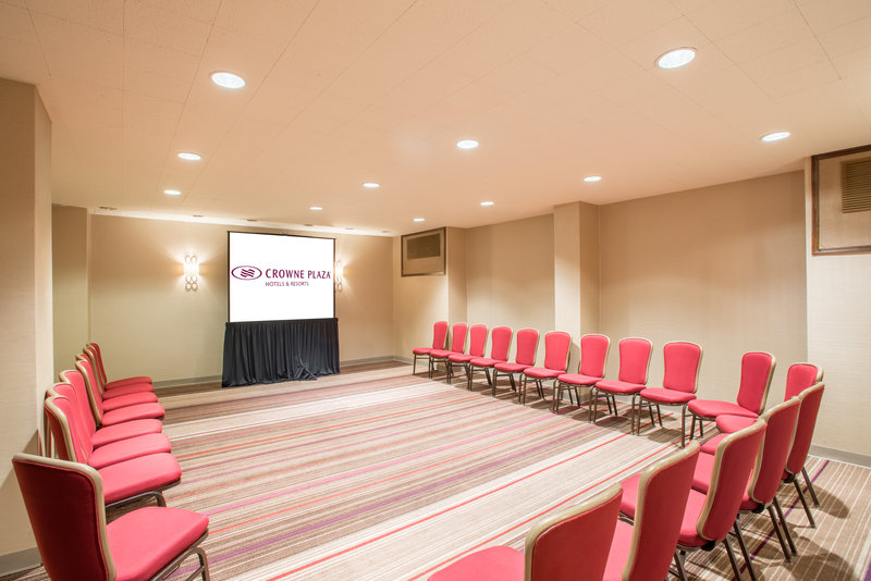 Crowne Plaza Danbury-Turquoise Meeting Room<br/>Image from Leonardo