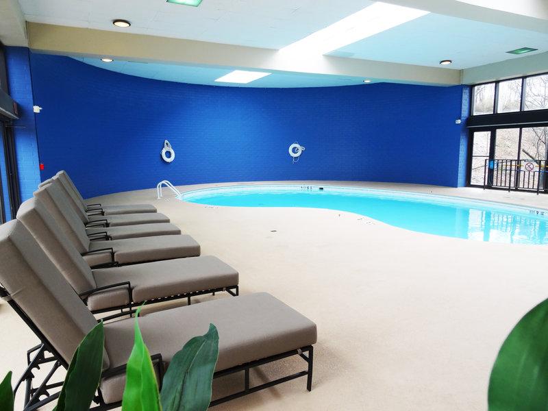 Crowne Plaza Danbury-Crowne Plaza Danbury's indoor heated pool.<br/>Image from Leonardo