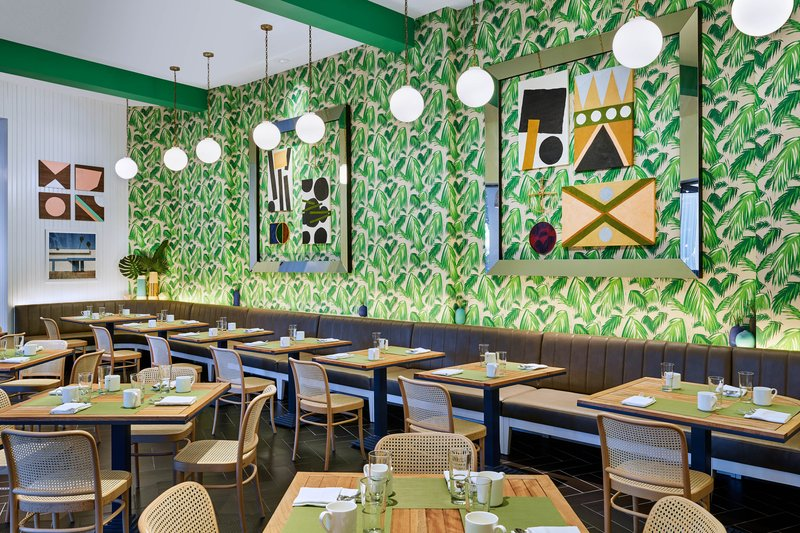 Riviera Palm Springs-Café Palmetto<br/>Image from Leonardo