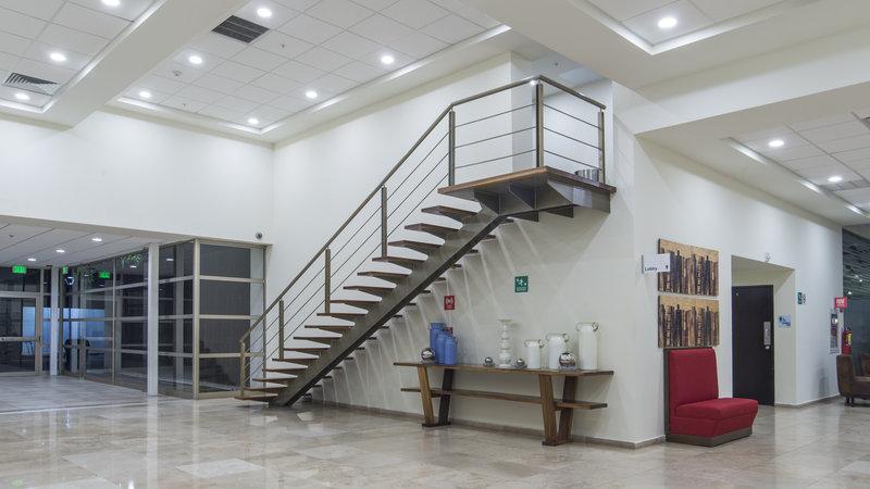 Holiday Inn Express Guadalajara Autonoma-Hotel Lobby<br/>Image from Leonardo