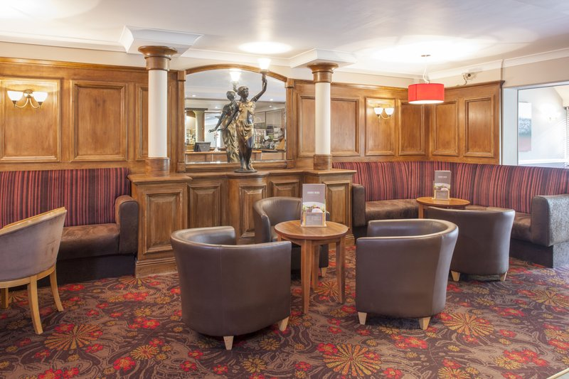 Holiday Inn Reading - West-Bar and Lounge<br/>Image from Leonardo