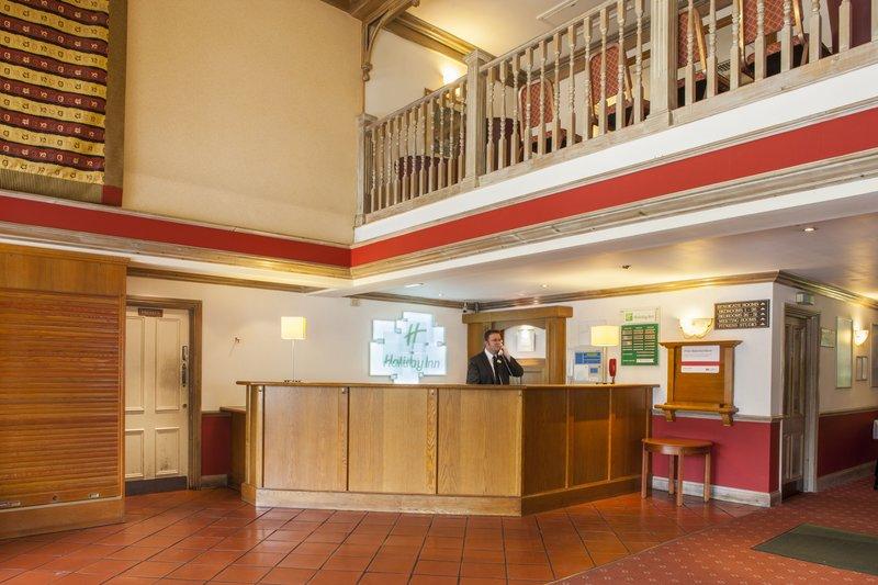 Holiday Inn Reading - West-Hotel Lobby<br/>Image from Leonardo